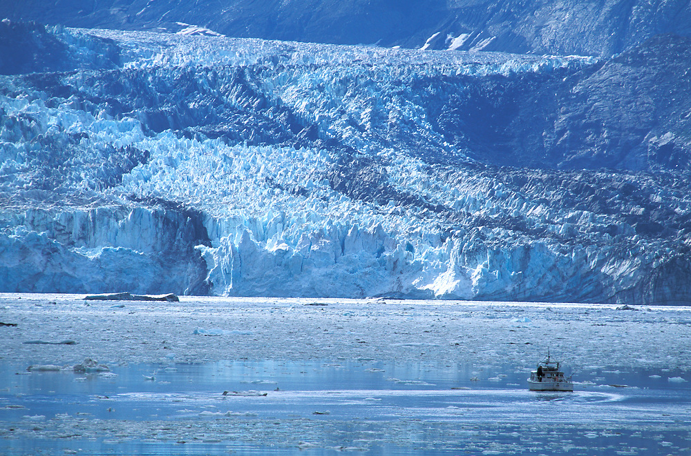 Johns Hopkins Glacier, Glacier Bay National Park, Alaska, USA