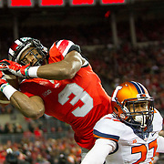 01 November 2014: Ohio State Buckeyes wide receiver Michael Thomas (3) attempts to pull in a pass in the end zone during the game between the Ohio State Buckeyes and the University of Illinois Fighting Illini at Ohio Stadium in Columbus, OH