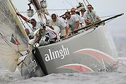 Alinghi SUi100 heads up the second beat in race four of the 32nd America`s Cup against Emirates Team New Zealand NZL92. 27/6/2007