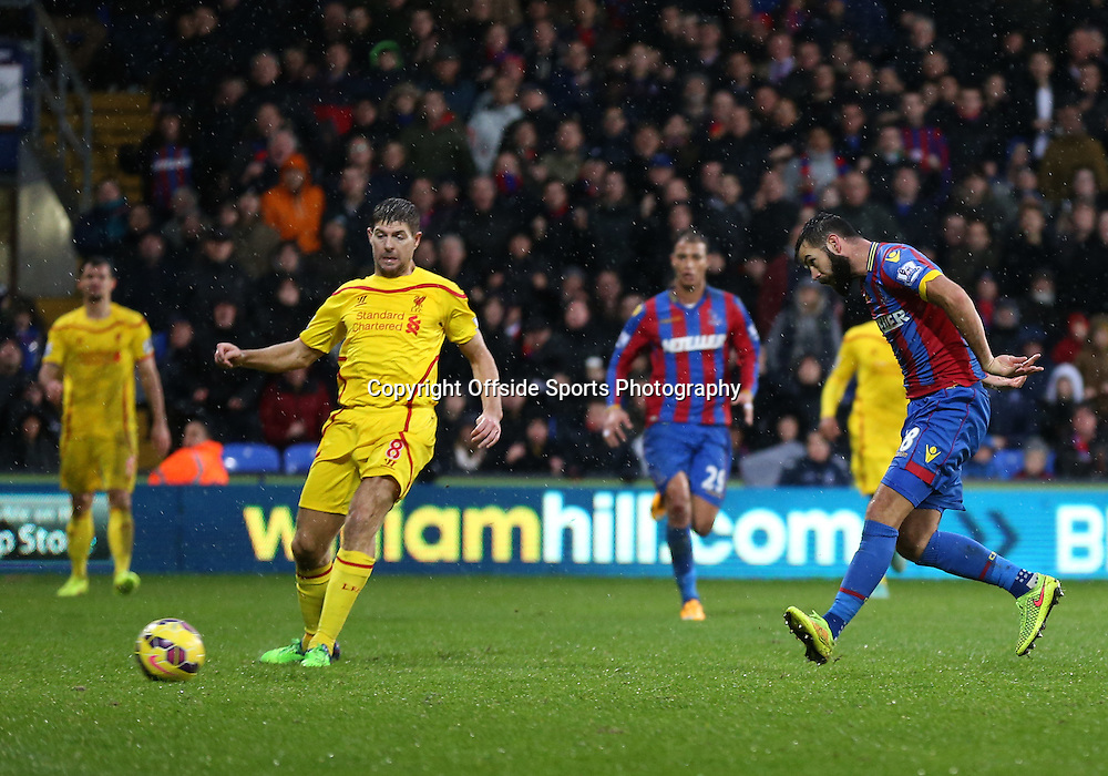 23 November 2014 - Barclays Premier League - Crystal Palace v Liverpool - Joe Ledley of Crystal Palace scores a goal to make it 2-1 - Photo: Marc Atkins / Offside.