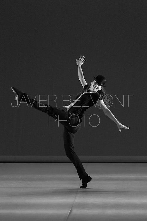 Repetition pour la soiree de Gala. Saint-Malo. Danse Claude Debussy Saint-Malo