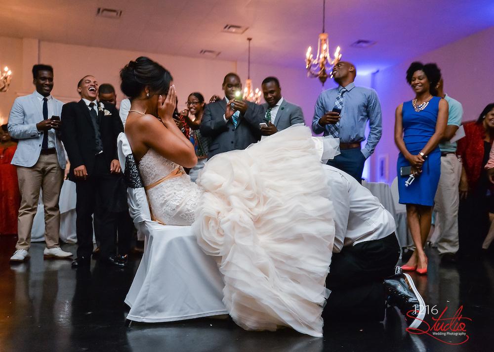 Derrick & Staci Wedding Album Samples | Windsor Court & Taravella Manor | 1216 Studio Wedding Photography