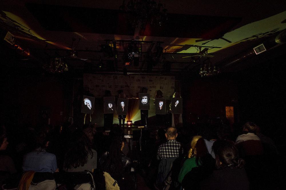 2BOYS.TV, CORDE RAIDE, LA SALA ROSSA. Vendredi 23 octobre 2015 20h00<br /> 15,00$<br /> 2boys.tv (Stephen Lawson; Aaron Pollard), complice Alexis O&rsquo;Hara.
