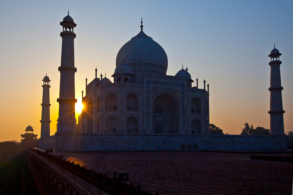 The Taj Mahal mausoleum western view (viewed from Taj Mahal Mosque) at dawn, Uttar Pradesh, India