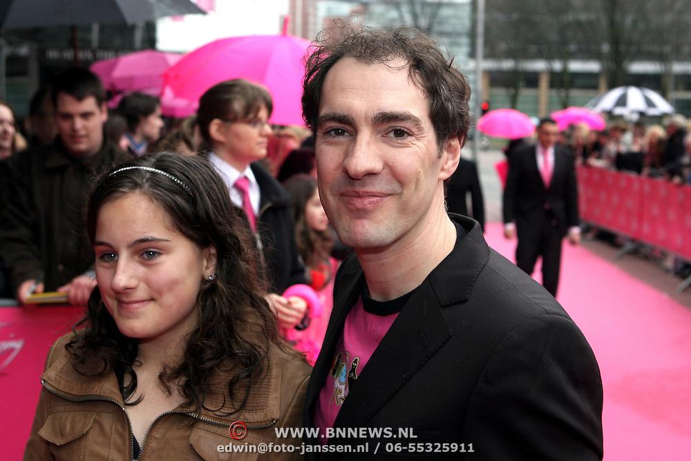 NLD/Utrecht/20080309 - Premiere musical Dirty Dancing, Johan Nijenhuis en dochter Sophie