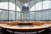 29 SEP 2004, BERLIN/GERMANY:<br /> Uebersich Sitzungssaal, gemeinsame Anhoerung des Bundestagsausschusses fuer Kultur und Medien und der Enquete-Kommission &quot;Kultur in Deutschland&quot;  zur Einfuehrung einer Quote fuer Musik aus Deutschland im Radio, Marie-Elisabeth-Lueders-Haus, Deutscher Bundestag<br /> IMAGE: 20040929-01-027<br /> KEYWORDS: &Uuml;bersicht