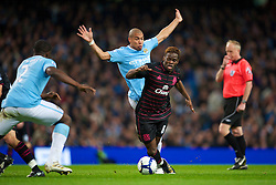 MANCHESTER, ENGLAND - Wednesday, March 24, 2010: Everton's Louis Saha and Manchester City's Nigel De Jong during the Premiership match at the City of Manchester Stadium. (Photo by David Rawcliffe/Propaganda)