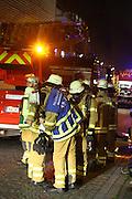 Mannheim. 24.10.14 Ein Brand ist am fr&uuml;hen Freitagmorgen in der Mannheimer Firma Schokinag ausgebrochen. Wie die Polizei auf Anfrage mitteilte, sind drei L&ouml;schz&uuml;ge der Feuerwehr in der Neckarvorlandstra&szlig;e im Einsatz. Verletzt wurde nach ersten Erkenntnissen niemand. Vermutlich brach das Feuer in einer Anlage aus, von au&szlig;en war eine Rauchentwicklung zu sehen. Die Brandursache sowie die H&ouml;he des Sachschadens waren zun&auml;chst noch unklar. In dem Mannheimer Traditionsunternehmen werden Kakaoprodukte hergestellt.<br /> <br /> Bild: Markus Pro&szlig;witz 24OCT14 / masterpress (Bild ist honorarpflichtig)