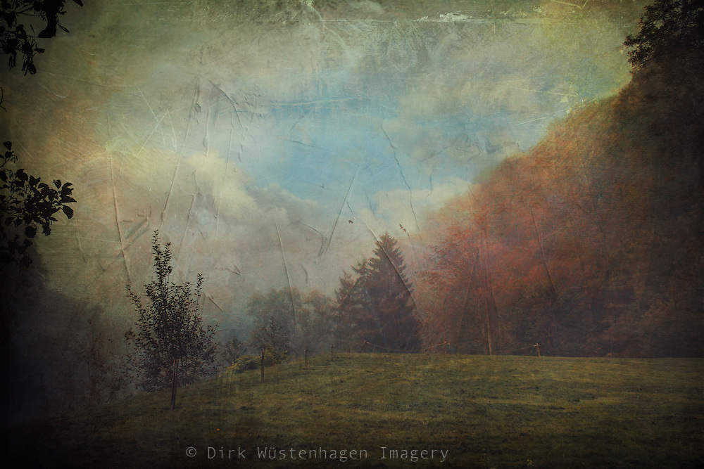 Brückenpark Mpngsten / Germany on a misty September morning - texturized photograph