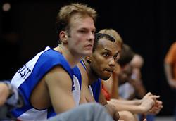 06-09-2006 BASKETBAL: NEDERLAND - SLOWAKIJE: GRONINGEN<br /> De basketballers hebben ook de tweede wedstrijd in de kwalificatiereeks voor het Europees kampioenschap in winst omgezet. In Groningen werd een overwinning geboekt op Slowakije: 71-63 / Angelo Flanders<br /> ©2006-WWW.FOTOHOOGENDOORN.NL