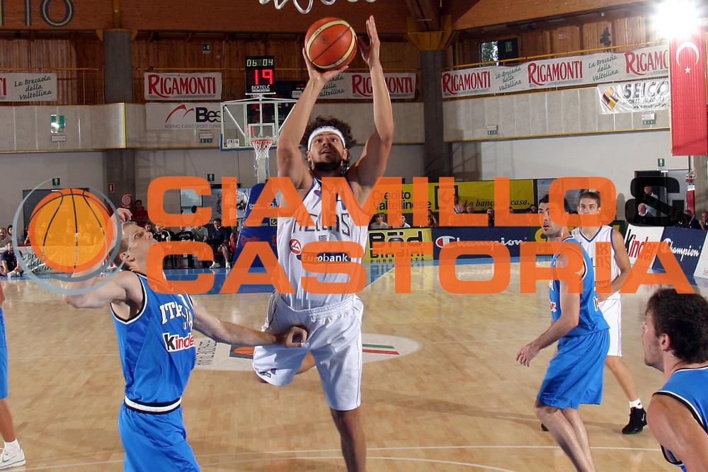 DESCRIZIONE : Bormio Trofeo Internazionale Diego Gianatti Grecia Italia <br />GIOCATORE : Papadopoulos <br />SQUADRA : Grecia<br />EVENTO : Bormio Trofeo Internazionale Diego Gianatti Grecia Italia <br />GARA : Grecia Italia <br />DATA : 23/07/2006 <br />CATEGORIA : Tiro<br />SPORT : Pallacanestro <br />AUTORE : Agenzia Ciamillo-Castoria/M.Marchi <br />Galleria : FIP Nazionale Italiana <br />Fotonotizia : Bormio Trofeo Internazionale Diego Gianatti Grecia Italia <br />Predefinita :