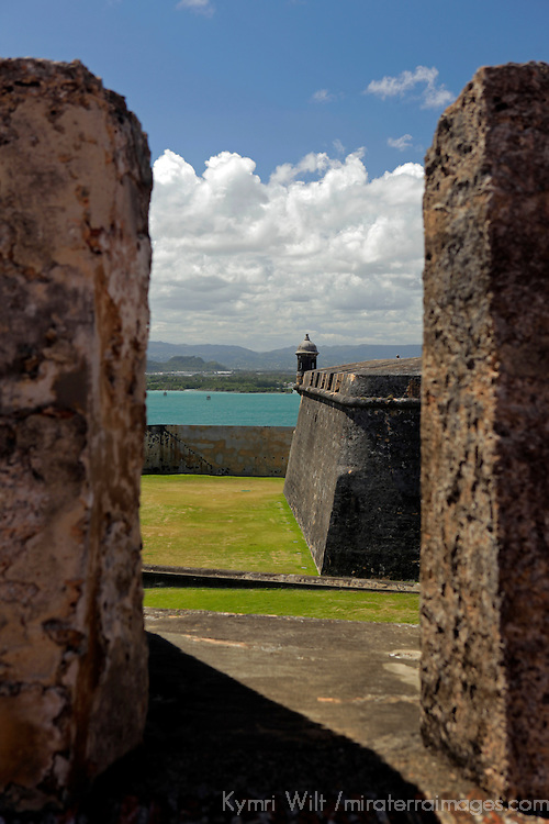 USA, Puerto Rico, San Juan. View from the El Morro Fortress, a UNESCO World Heritage Site.