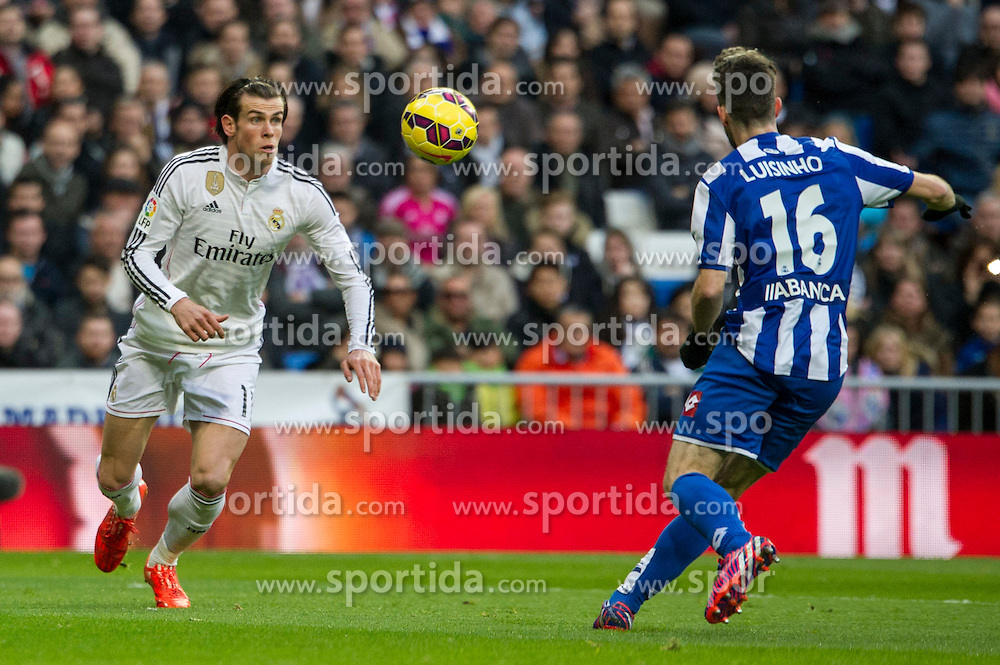 14.02.2015, Estadio Santiago Bernabeu, Madrid, ESP, Primera Division, Real Madrid vs Deportivo La Coruna, 23. Runde, im Bild Real Madrid&acute;s Gareth Bale and Deportivo de la Coruna's Luisinho // during the Spanish Primera Division 23rd round match between Real Madrid vs Deportivo La Coruna at the Estadio Santiago Bernabeu in Madrid, Spain on 2015/02/14. EXPA Pictures &copy; 2015, PhotoCredit: EXPA/ Alterphotos/ Luis Fernandez<br /> <br /> *****ATTENTION - OUT of ESP, SUI*****