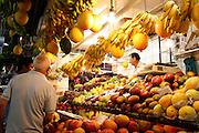 Belo Horizonte_MG, Brasil...Homem no Mercado Central em Belo Horizonte...The man in Mercado Central in Belo Horizonte...Foto: LEO DRUMOND / NITRO