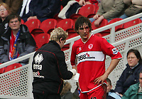Photo: Andrew Unwin.<br /> Middlesbrough v Bolton Wanderers. The Barclays Premiership. 26/03/2006.<br /> Blood drips from the face of Middlesbrough's Emanuel Pogatetz (R).