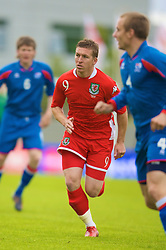 REYKJAVIK, ICELAND - Wednesday, May 28, 2008: Wales' Freddy Eastwood in action against Iceland during the international friendly match at the Laugardalsvollur Stadium. (Photo by David Rawcliffe/Propaganda)