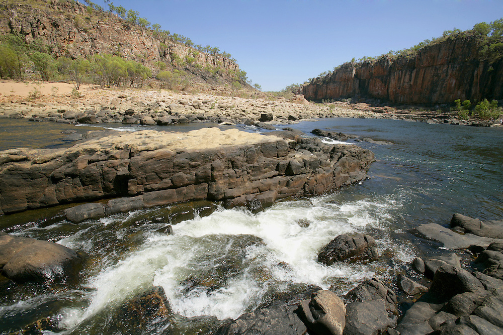Nitmiluk National Park or Katherine Gorge attracts lots of tourists to hike thorugh the park and to cruise the waters of the river.
