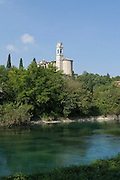 Kirche, Fluss Minicio, Monzambano, Lombardei, Italien | Church, River Minicio, Monzambano, Lombardy, Italy