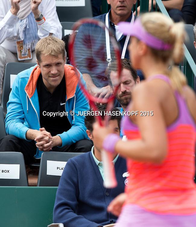 Team Lisicki in der Spieler Loge, Freund Oliver Pocher, unscharf im Vordergrund Sabine Lisicki.<br /> <br /> Tennis - French Open 2015 - Grand Slam ITF / ATP / WTA -  Roland Garros - Paris -  - France  - 29 May 2015.
