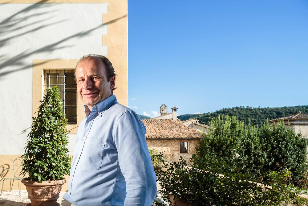 10 SEP 2015 - Spoleto (PG) - Il conte Lorenzo Pucci Boncambj marchese della Genga de Domo Alberini, presso il palazzo di Borgo Matrignano.