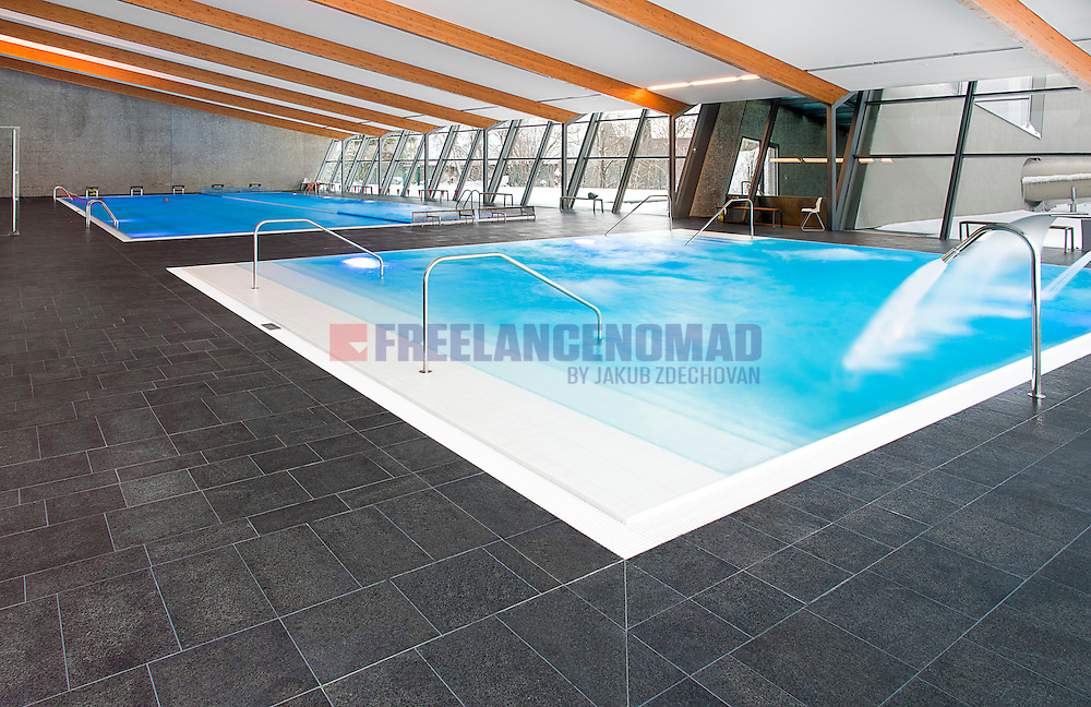 G684 Basalt Black Rain granite swimming pool interior paving stone floor project