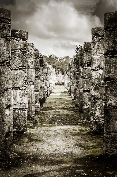 Stock photograph of the Group of the Thousand Columns (Grupo de las Mil Columnas) at the Chichen Itza world heritage site, Yucatan, Mexico
