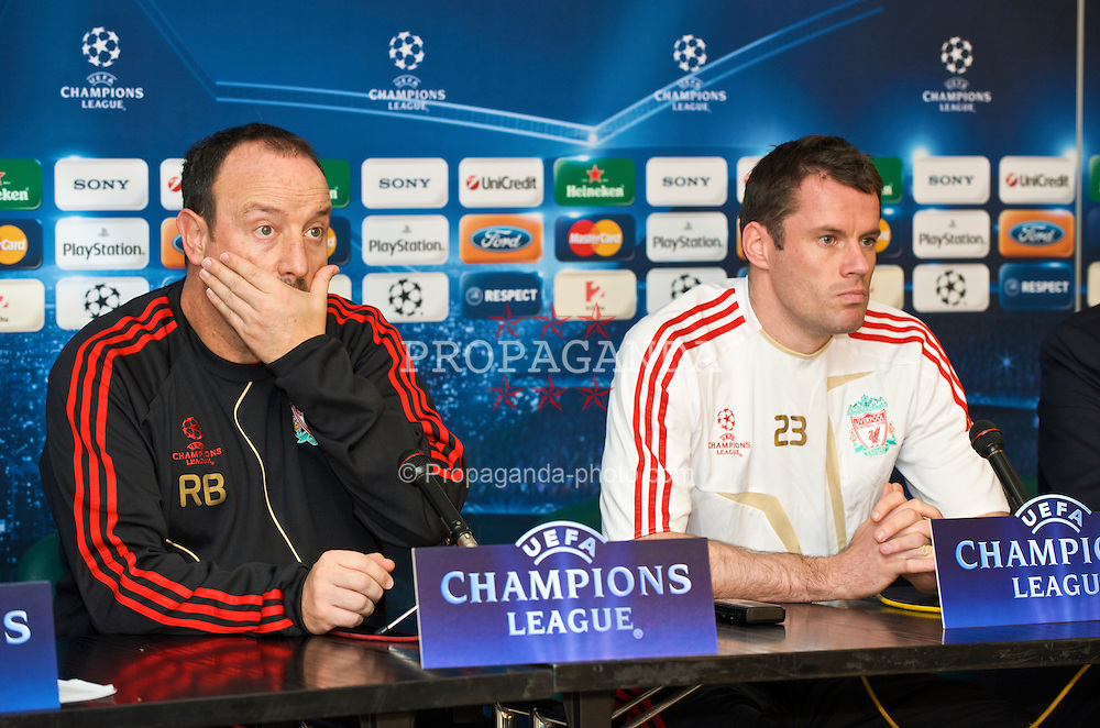 BUDAPEST, HUNGARY - Monday, November 23, 2009: Liverpool's manager Rafael Benitez and Jamie Carragher during a press conference at the Ferenc Puskas Stadium ahead of the UEFA Champions League Group E match against Debreceni VSC. (Pic by David Rawcliffe/Propaganda)