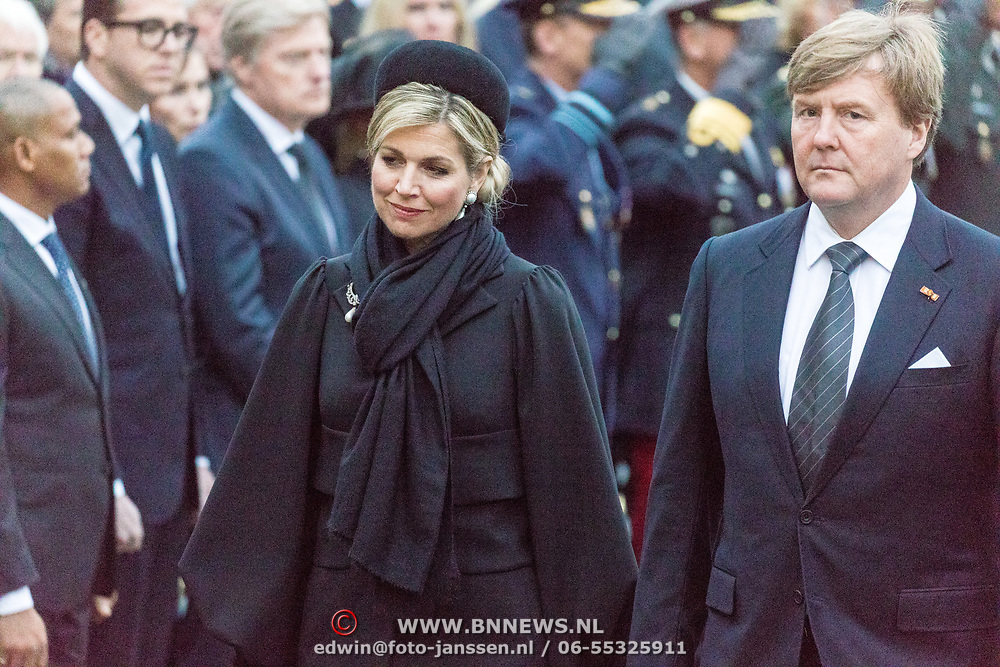 NLD/Amsterdam/20170504 - Nationale Herdenking 2017, defile Maxima