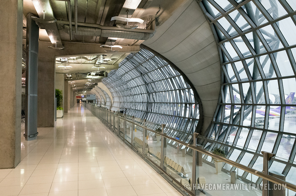 The industrial architecture in a terminal of Suvarnabhumi Airport Terminal, Bangkok, Thailand.