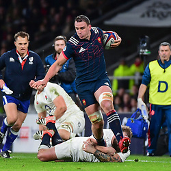Louis Picamoles of France escapes from Joe Marler of England during the RBS Six Nations match between England and France at Twickenham Stadium on February 4, 2017 in London, United Kingdom. (Photo by Dave Winter/Icon Sport)