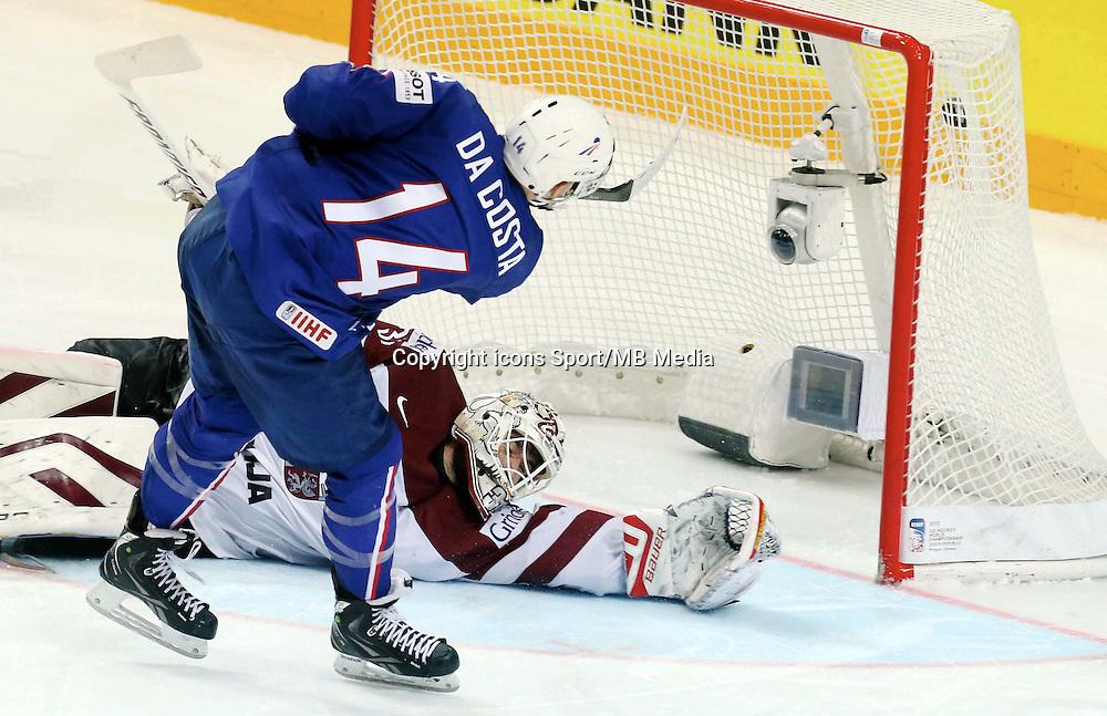 Penalty de la victoire Stephane Da Costa - 12.05.2015 - Lettonie / France - Championnats du Monde Hockey sur Glace -Prague<br /> Photo : Xavier Laine / Icon Sport