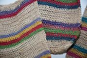 Fotos de diferentes artesanías comunes de la República de Panamá, entre estas las chacaras, sombreros,  molas y vestidos de los Gnobes. Todas estas artesanías son confeccionadas a mano. Panamá, 18 de abril de 2012. (Victoria Murillo/Istmophoto)