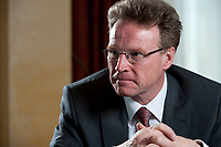 19 APR 2010, BERLIN/GERMANY:<br /> Andreas Meyer, Vorsitzender der Geschaeftsleitung der Schweizerischen Bundesbahnen, SSB, wahrend einem Interview, Hotel Ritz Charlton<br /> IMAGE: 20100419-01-012