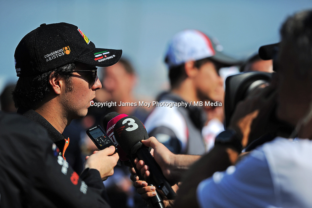 Sergio Perez (MEX) Sahara Force India F1 with the media.<br /> United States Grand Prix, Thursday 30th October 2014. Circuit of the Americas, Austin, Texas, USA.