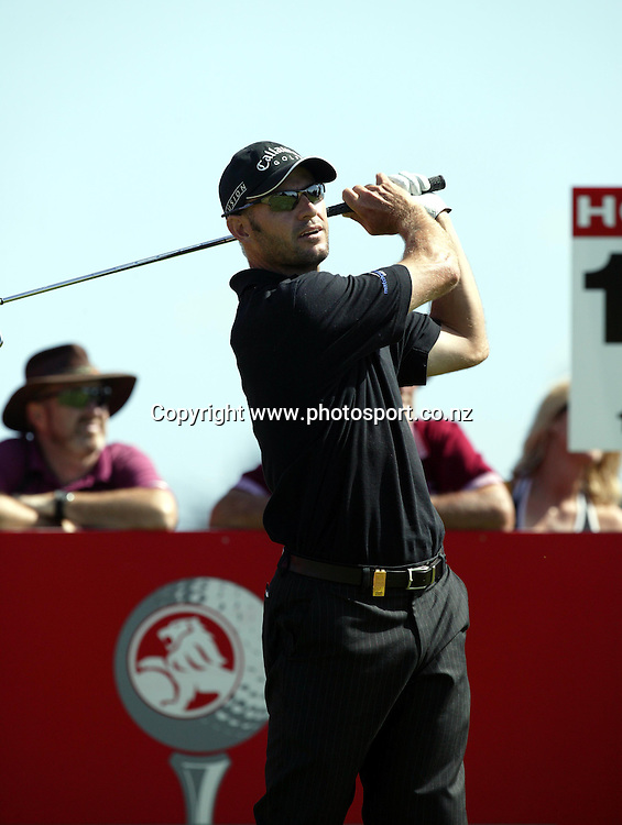 Stephen Scahill (NZL) tees off from the 16th in a round of 70 on day 3 of the Holden New Zealand Golf Open, 12th February 2005. Photo: Photosport