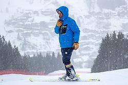 14.02.2020, Zwölferkogel, Saalbach Hinterglemm, AUT, FIS Weltcup Ski Alpin, Super G, Herren, im Bild Hannes Trinkl (FIS Renndirektor Weltcup Ski Alpin Herren) // Hannes Trinkl Race Director World Cup Men Speed Events of FIS before the men's SuperG of FIS Ski Alpine World Cup at the Zwölferkogel in Saalbach Hinterglemm, Austria on 2020/02/14. EXPA Pictures © 2020, PhotoCredit: EXPA/ Johann Groder