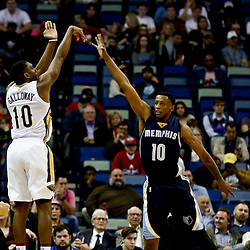 Dec 5, 2016; New Orleans, LA, USA; New Orleans Pelicans guard Langston Galloway (10) shoots over Memphis Grizzlies forward Troy Williams (10) during the first quarter of a game at the Smoothie King Center. Mandatory Credit: Derick E. Hingle-USA TODAY Sports