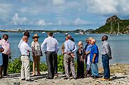 SIMPSON BAY - Koning Willem-Alexander en koningin Maxima bezoeken het toeristische gebied van Simpson Bay op Sint Maarten tijdens een bezoek aan het eiland. De orkaan Irma trok begin september 2017 over Sint Maarten. ANP ROYAL IMAGES ROBIN UTRECHT **NETHERLANDS ONLY**