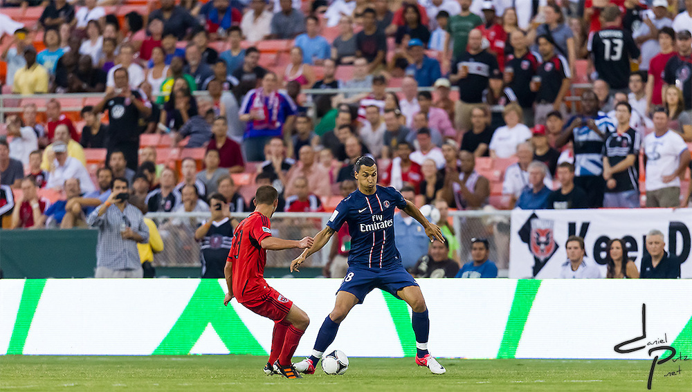 07-28-12: Washington, D.C. - MLS team D.C. United take on Paris Saint-Germain at RFK during the 2012 Herlablife World Football Challenge.