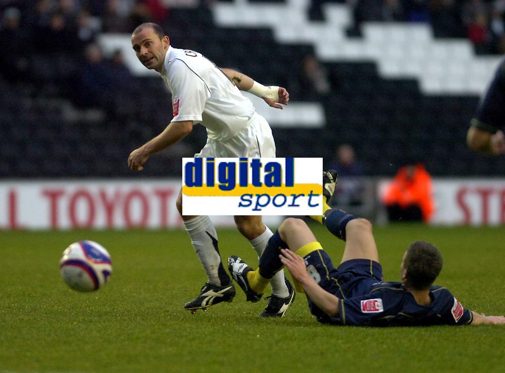 Photo: Matt Bright/Sportsbeat Images.<br />Milton Keynes Dons v Accrington Stanley. Coca Cola League 2. 08/12/2007.<br />Keith Andrews of MK Dons & Robbie Williams of Accrington