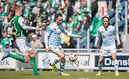 FODBOLD: Matheus Leiria (FC Helsingør) følges af Mark Kongstedt (Næstved) under kampen i NordicBet Ligaen mellem FC Helsingør og Næstved Boldklub den 12. maj 2019 på Helsingør Stadion. Foto: Claus Birch
