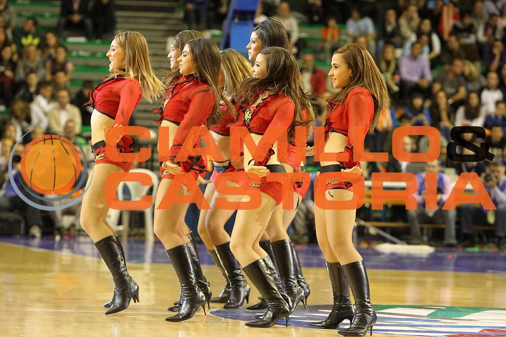 DESCRIZIONE : Valencia Fiba Euroleague Women 2009-2010 Final Four Semifinale Ros Casares Wisla Can-Pack<br /> GIOCATORE : Cheerleaders<br /> SQUADRA : Ros Casares<br /> EVENTO : Euroleague Women 2009-2010<br /> GARA : Ros Casares Wisla Can-Pack<br /> DATA : 09/04/2010<br /> CATEGORIA : <br /> SPORT : Pallacanestro <br /> AUTORE : Agenzia Ciamillo-Castoria/ElioCastoria<br /> Galleria : Fiba Europe Euroleague Women 2009-2010 Final Four<br /> Fotonotizia : Valencia Fiba Euroleague Women 2009-2010 Final Four Semifinale Ros Casares Wisla Can-Pack<br /> Predefinita :