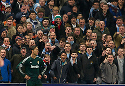 21.11.2012, Etihad Stadium, Manchester, ENG, UEFA Champions League, Manchester City vs Real Madrid, Gruppe D, im Bild Real Madird CF's Cristiano Ronaldo is taunted by Manchester City supporters during during UEFA Champions League group D match between Manchester City and Real Madrid CF at the Etihad Stadium, Manchester, Great Britain on 2012/11/21. EXPA Pictures © 2012, PhotoCredit: EXPA/ Propagandaphoto/ David Rawcliffe..***** ATTENTION - OUT OF ENG, GBR, UK *****