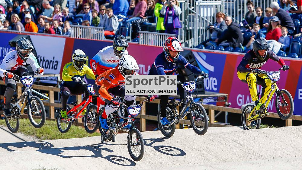 Joris Harmsen leads heat 4 into the 1st corner at the European Championships in Glasgow.