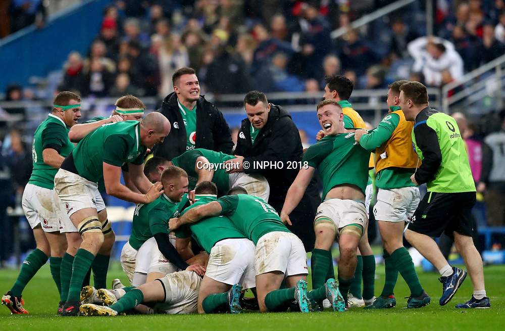 NatWest 6 Nations Championship Round 1, Stade de France, Paris, France 3/2/2018<br /> France vs Ireland<br /> Ireland players celebrate after Johnny Sexton kicked the winning drop goal<br /> Mandatory Credit &copy;INPHO/James Crombie