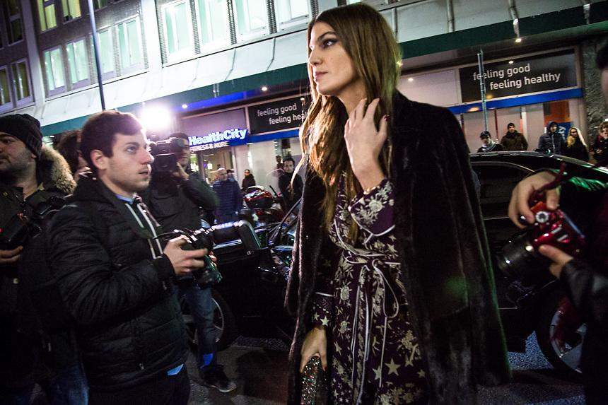 Au defile de Alberta Ferretti, pendant la semaine de la mode femme de Milan