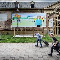 Nederland, Amsterdam, 24 juni 2016.<br /> Buiten expositie van illustrator Paul Faassen bij het Scheepvaartmuseum.<br /> <br /> Outdoor exhibition of illustrator Paul Faassen at the Maritime Museum.<br /> <br /> Foto: Jean-Pierre Jans