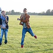 NLD/Loosdrecht/20130603 - Presentatie single jongensgroep Mainstreet voor Verschrikkelijke Ikke 2 , Owen Playfair en Daan Zwierink