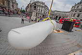 Rivelino You finger sculpture Trafalgar Sq