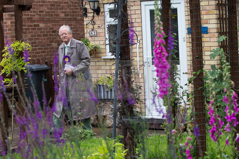 © Licensed to London News Pictures . 04/06/2014 . Bingham , Nottinghamshire , UK . UKIP candidate ROGER HELMER out knocking doors in Bingham today (Wednesday 4th June 2014) ahead of the Newark by-election tomorrow (Thursday 5th June 2014) . Photo credit : Joel Goodman/LNP